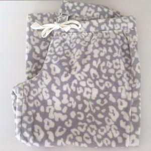 🌲OLD NAVY Fleece Pajama pants - NWOT